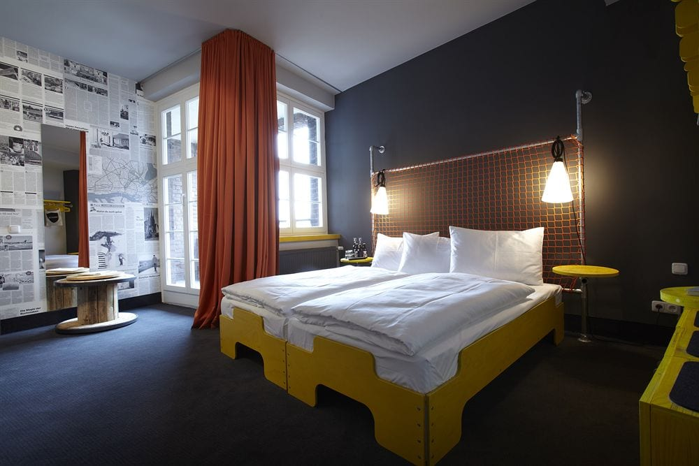hotel i hamborg book billig overnatning i hamborg online. Black Bedroom Furniture Sets. Home Design Ideas