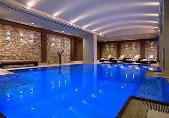 hotel med swimmingpool i berlin