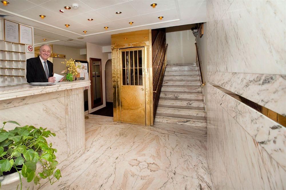 billigt hotel i rom centrum