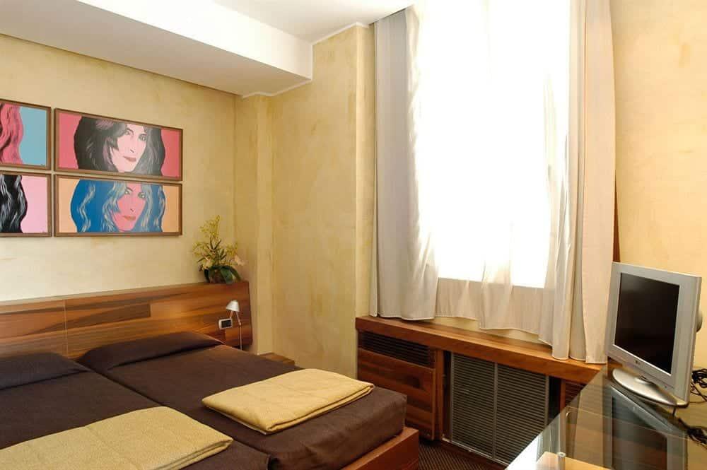 hotel tritone rom