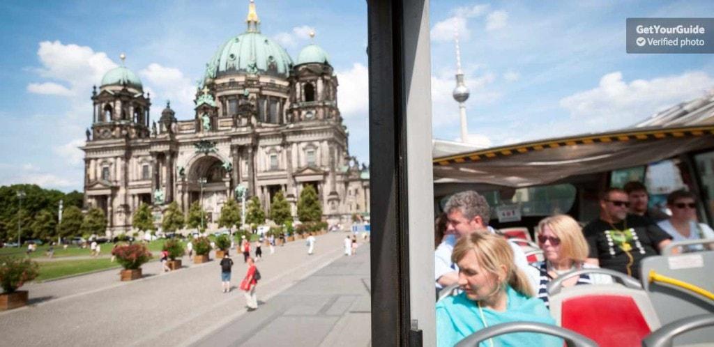 bustur seværdigheder berlin