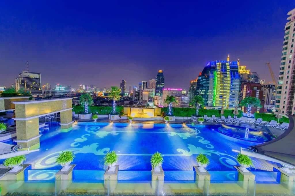 pool luksushotel bangkok