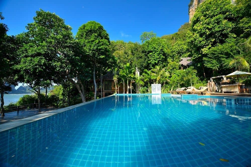 railay hotel pool